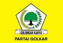 Photo of Golkar Dipersimpangan Jalan.