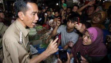 Photo of Jokowi dengan Dan Satpol PP