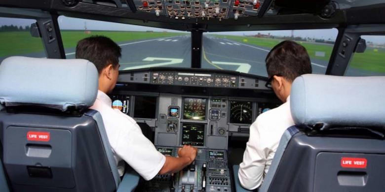 Photo of Bukan Gaji, Apa yang Dicari Pilot Asing di Indonesia?