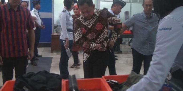 Photo of Petugas Avsec yang Sangat Tidak Simpatik!