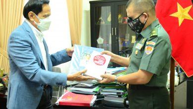 Photo of Sumbang 50 Buku, Chappy Hakim Dorong Literasi Kedirgantaraan Di STHM
